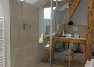 duschsystem mit dachschraege