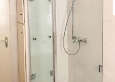 duschsystem mit falttueren